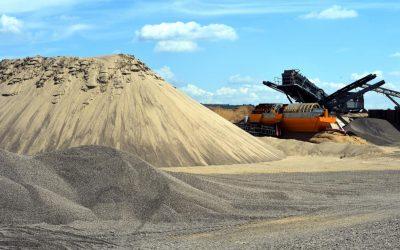 PRÁCE: Těžba štěrkopísku vUherském Ostrohu se má stát skutečností? Je písek vzácnější než pitná voda?