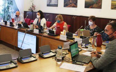Výbor pro životní prostředí projednal vývoj kauzy Turów i závěrečný účet ministerstva životního prostředí